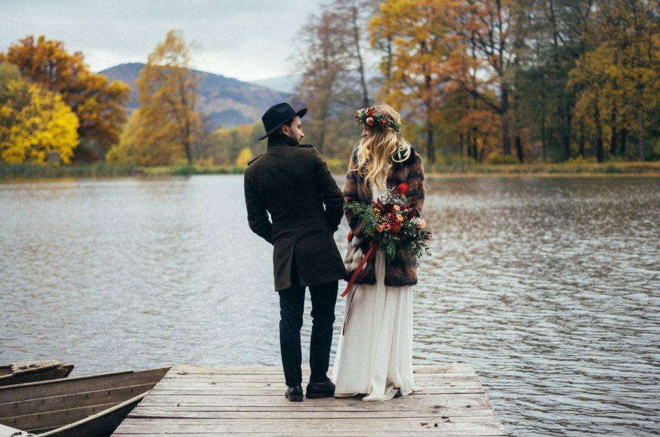 Plener ślubny z Zuzą i Olkiem – Leśne Opowieści