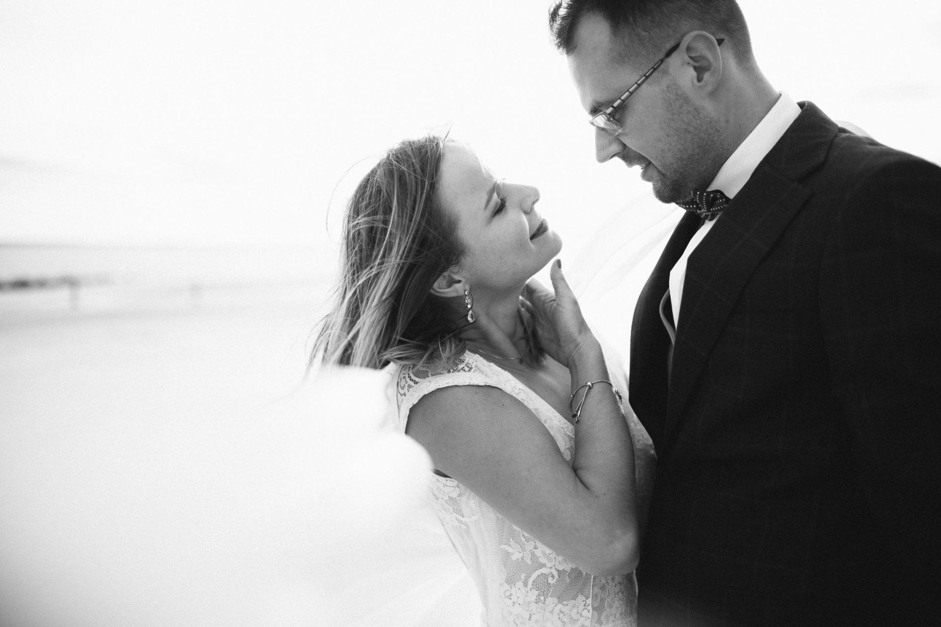 plener-ślubny-na-wydmach-fotograf-ślubny-trójmiasto