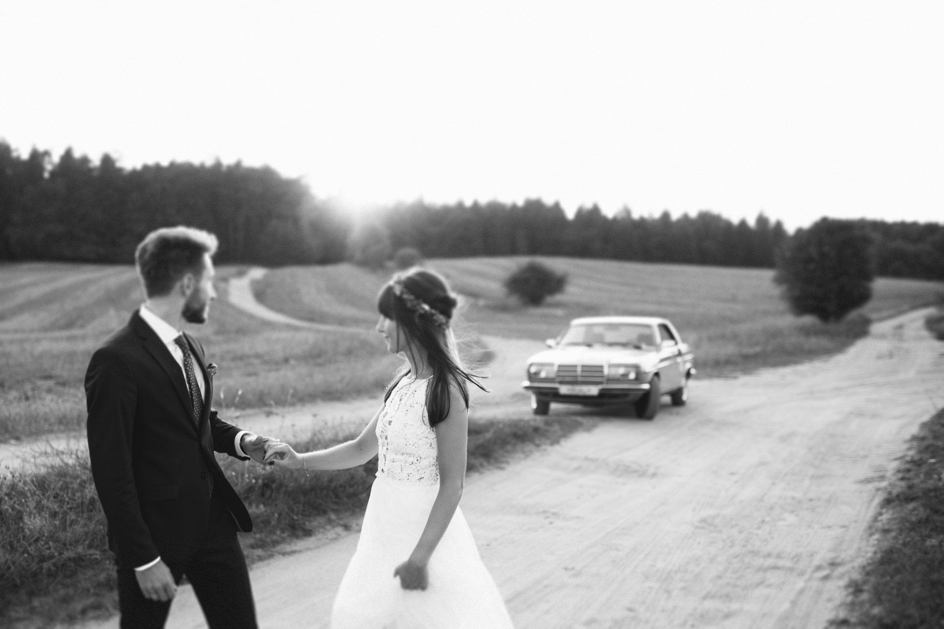 sesja-ślubna-ranczo-w-dolinie-fotografia-ślubna-poznań