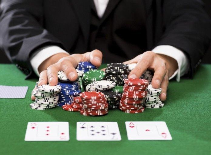 poker là gì? luật chơi đánh bài poker