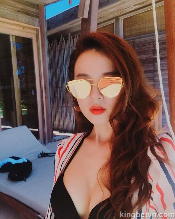 hot girl midu mặc bikini sexy