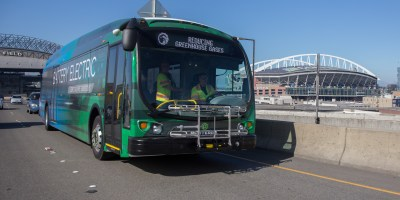 Proterra extended range bus driving in Seattle
