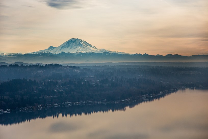 Scenic view of Mount Rainier over Lake Washington