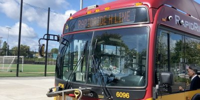RapidRide H Line bus