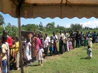 The-orphans-on-the-line-for-treatment-1