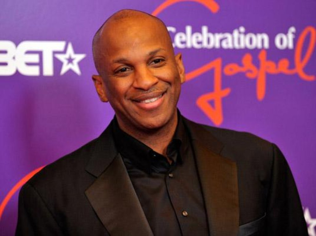 """MUSIC Video: Donnie Mcclurking Singing Sinach Hit Song – """"I KNOW WHO I AM"""""""