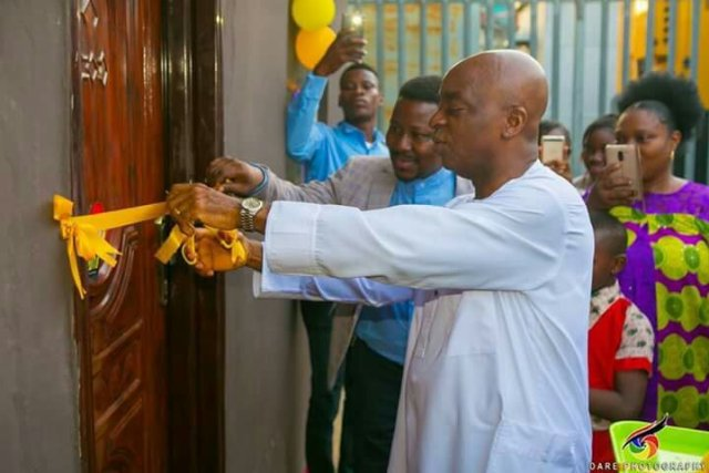 Bishop Oyedepo Dedicates Music Studio For One Of His Choir Leaders(Photos)