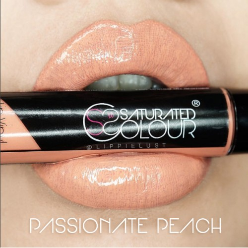 Saturated colour lip vinyl passionate peach