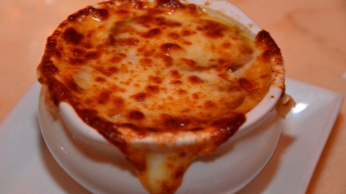 Be Our Guest: French Onion Soup