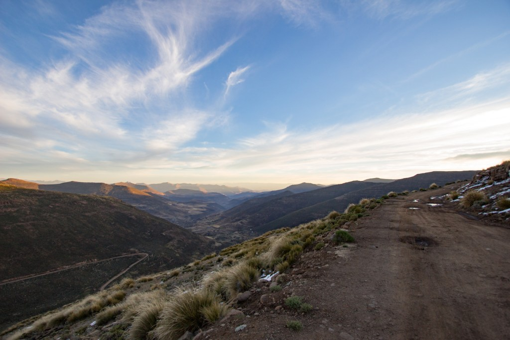 Image showing the Menoaneng Pass (3045m) on a 4x4 trip through Lesotho- Image: darolhowes.com