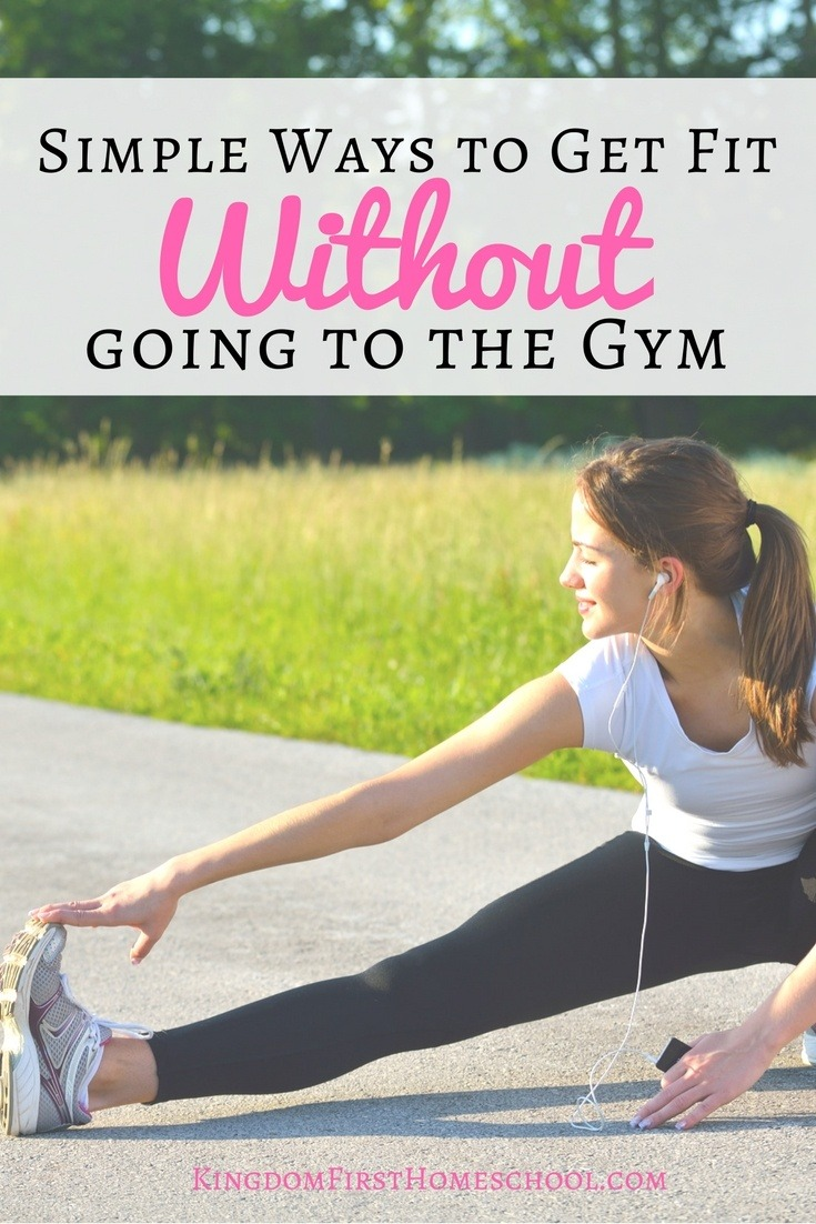 Tired of spending tons of money on the gym and not being able to get there? Get fit without going to the gym with these great ways to workout at home.