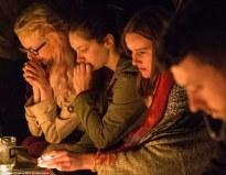 English Prayers_Women_mourn