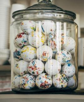 Jawbreakers Guess How Many game