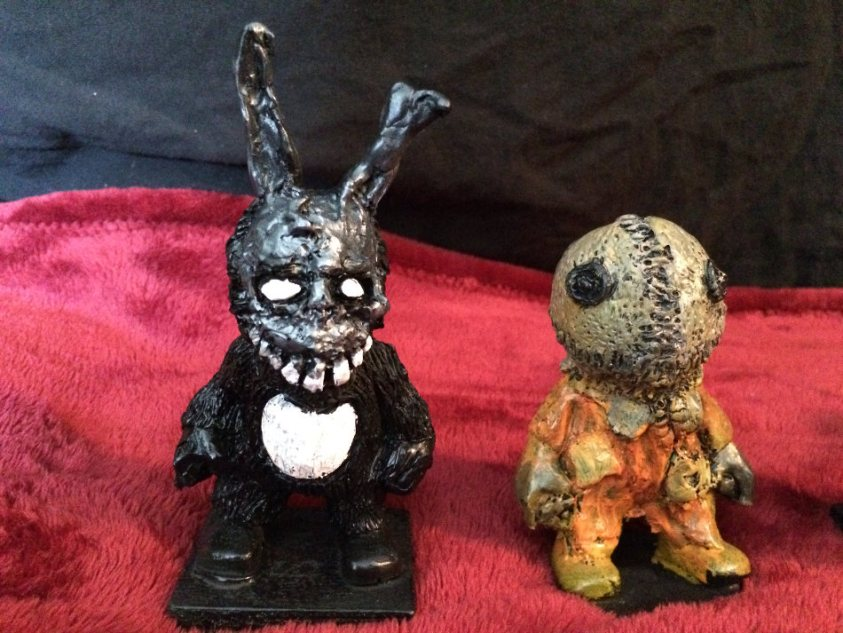 Frank and Sam Figures