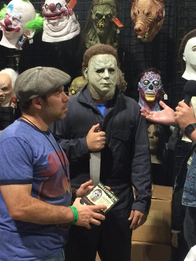 Myers Interview at Mid summer scream in new mask
