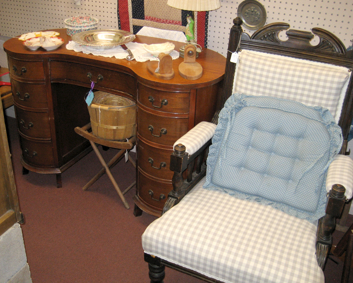 Kettelhuts-Anitques-Collectibles-Furniture-Kingman-AZ-3