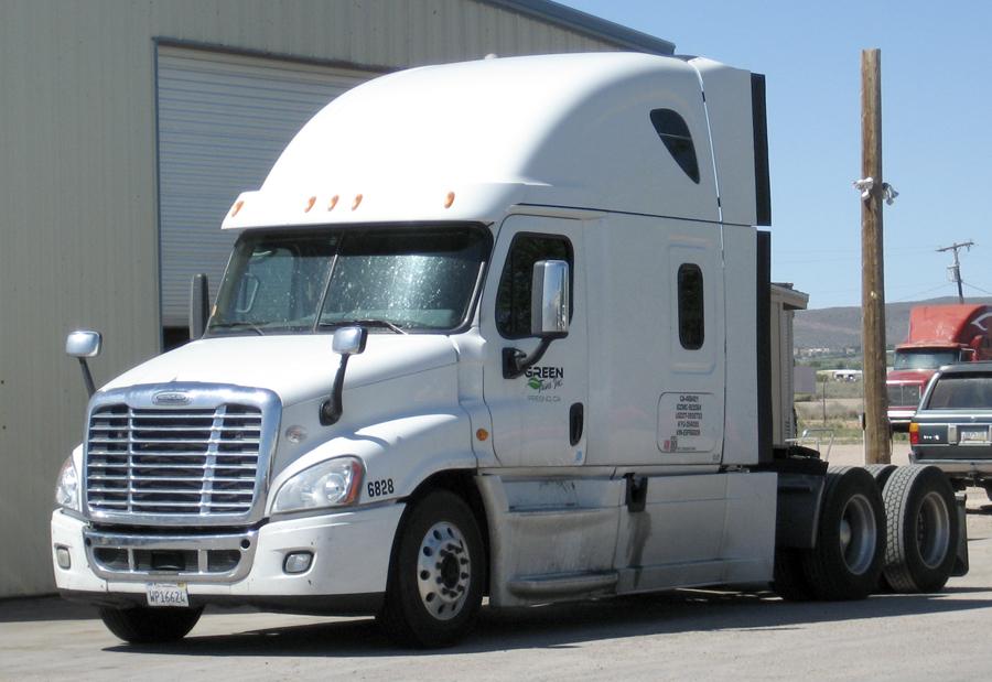 Kingman-Diesel-Repair-shop-truck-trailer-repair-big-rig-2