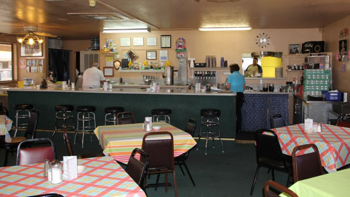Rainbow-Diner-Restaurant-Kingman-AZ-2