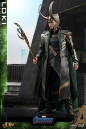 Hot Toys - A4 - Loki collectible figure_PR4