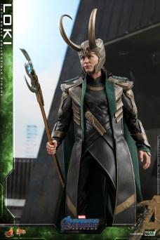 Hot Toys - A4 - Loki collectible figure_PR5