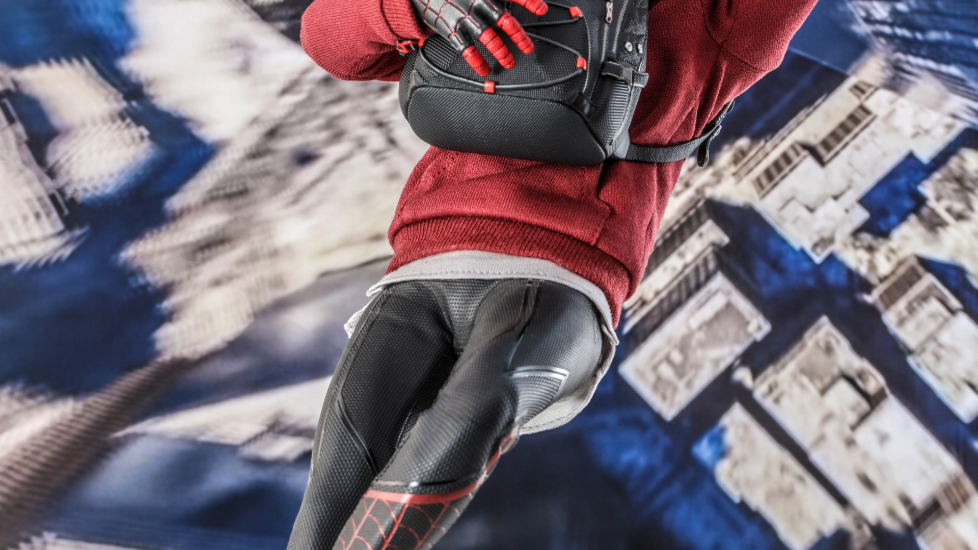 Hot Toys – SMMM – Miles Morales (Bodega Cat Suit) collectible figure_HR7
