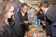 christmas_fair_for_cancer_research_uk-2