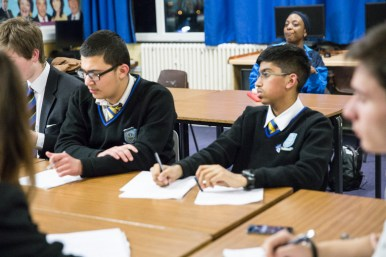 oxford_union_debating_competition_w-118