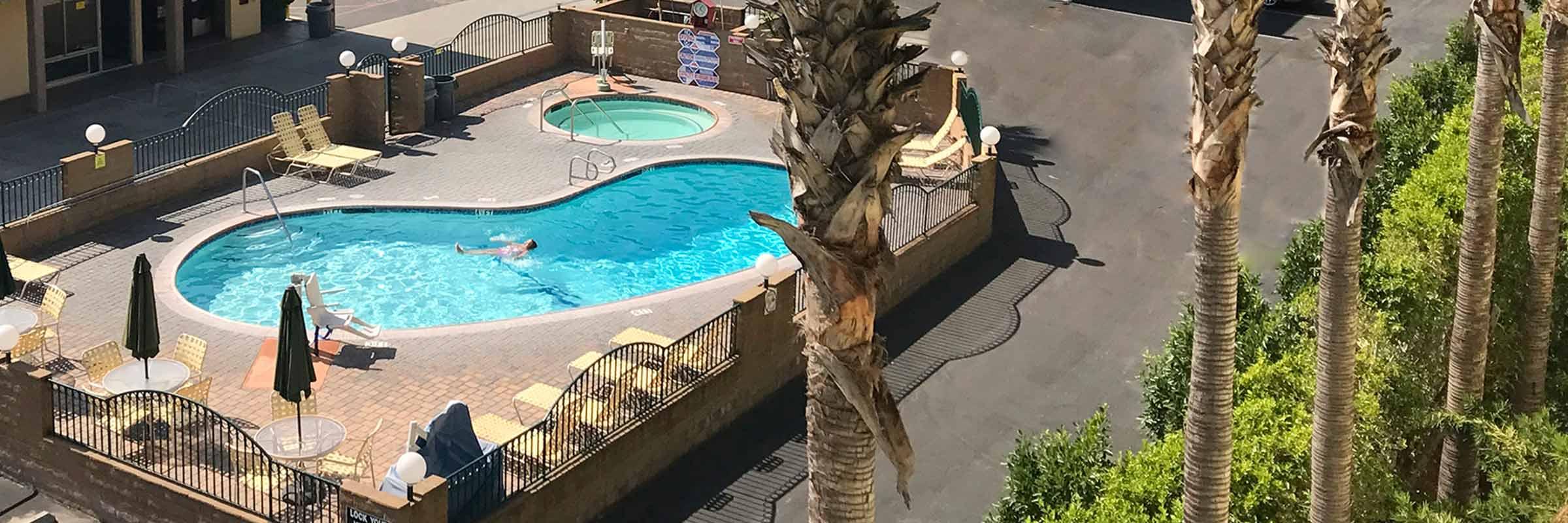 Kings Inn Anaheim - formerly Super Eight Anaheim - pool