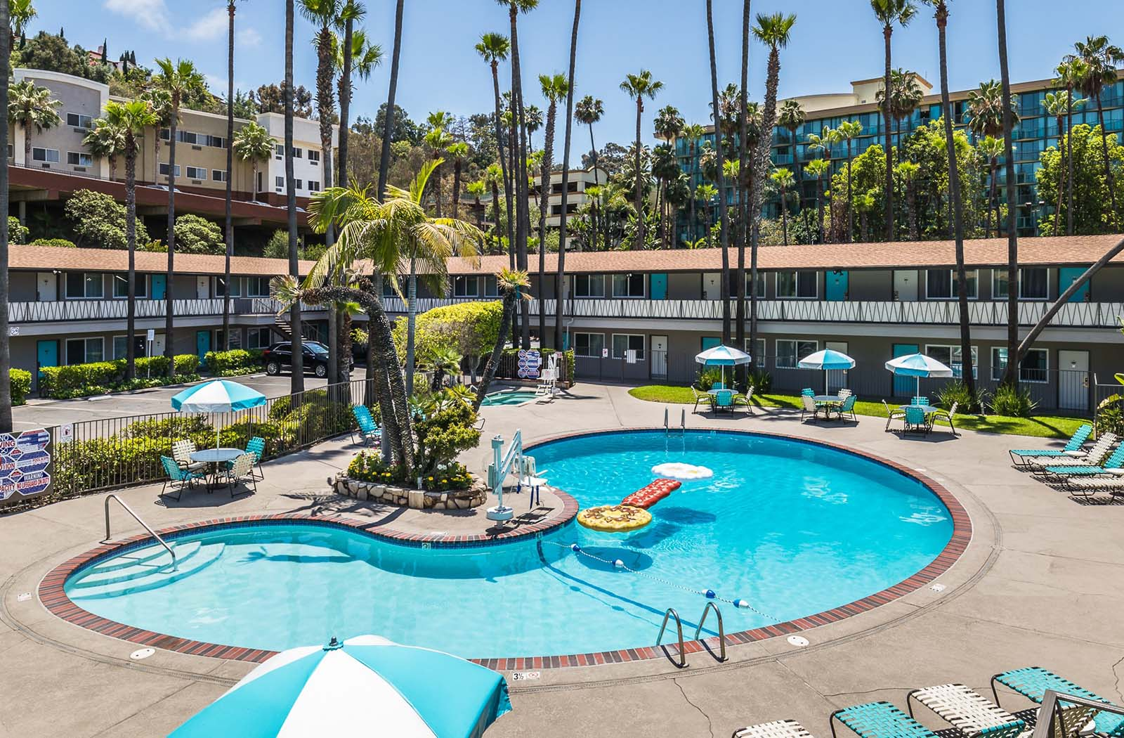 The Pool Kings Inn San Diego