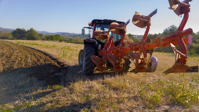 tractor-1732145_960_720