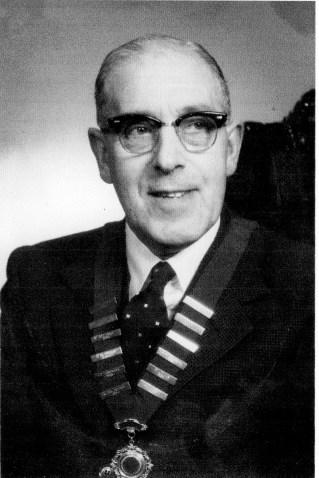 Walter Thomas Hall president Turners 25 club (Rob Hall)