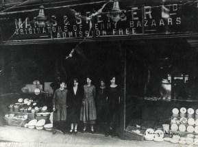 1910s (M & S Archives)