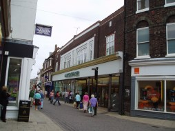 2007 Marks & Spencer at No 57 to 60 (01)