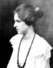 Ruby Flora Hall 1920s Cash & Co manager