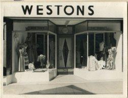 Westons 04017