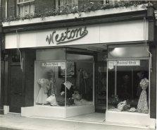 Westons shop 2386