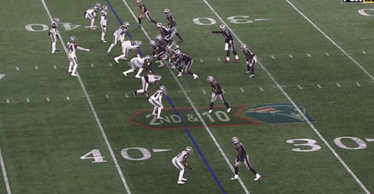 """Video: Tom Brady Trolled The Cowboys By Calling A """"Bowl 96"""" Play At The Line Of Scrimmage"""