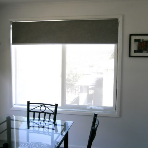 combination sunscreens and blockout roller blinds