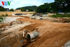 Một công trình hạ tầng chưa hoàn thành nhưng... đang tạm dừng thi công?