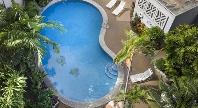 ポリネシアン プラザ ホテル