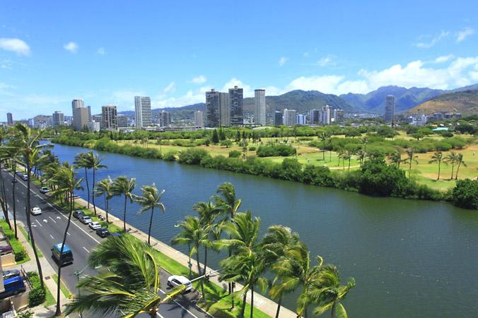 Waikiki Sand Villa Hotel(ワイキキ・サンドビラ・ホテル)