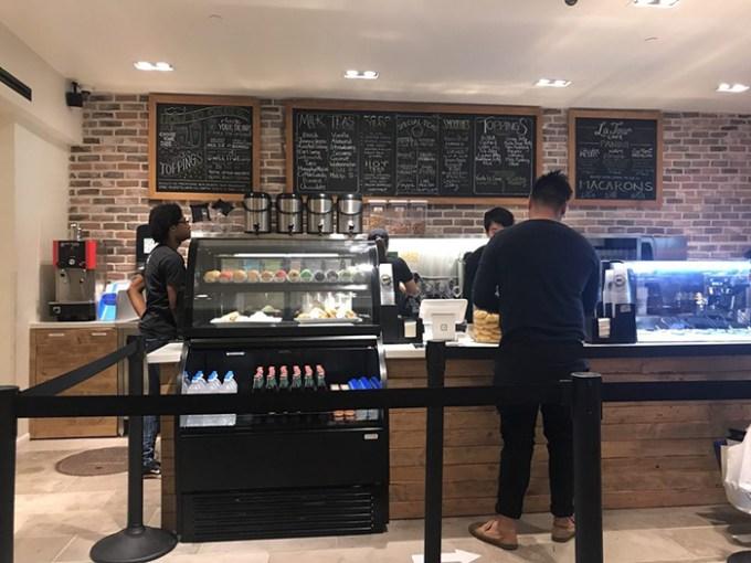 Mr. Tea Cafe Ala Moana Center Street Level(ミスター・ティー・カフェ アラモアナ・センター・ストリートレベル店)
