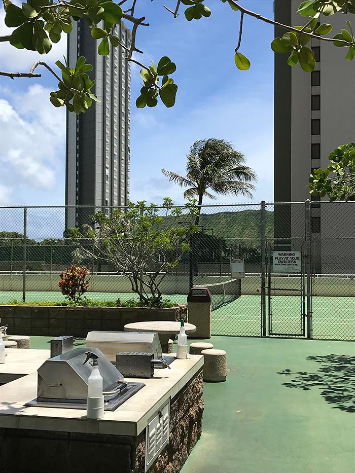 >Waikiki Banyan(ワイキキ・バニアン)の6Fフロア