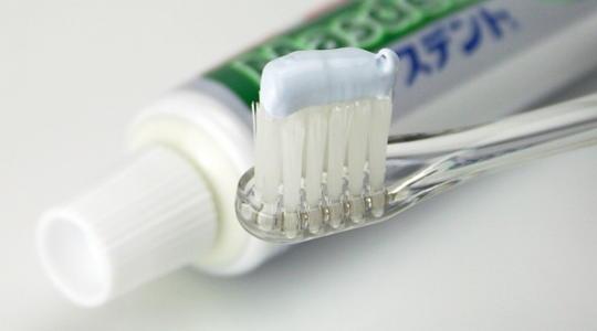 歯磨き粉 つける量