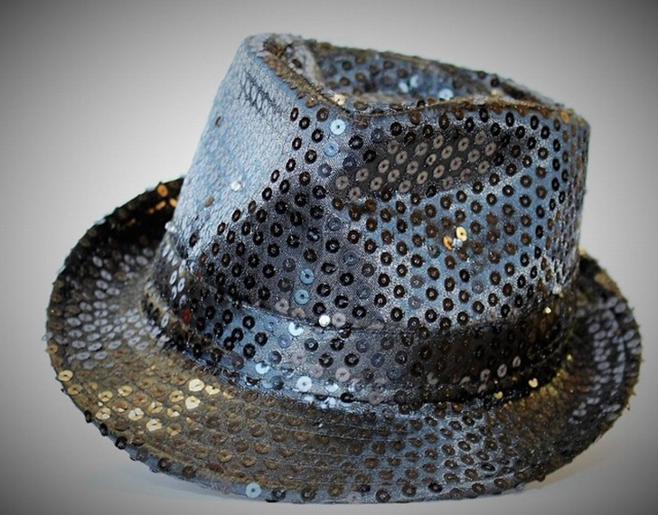hat-1108771_640
