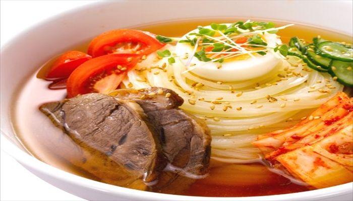夏といえば 冷麺