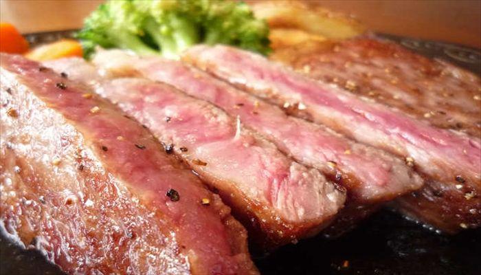 夏といえば ステーキ