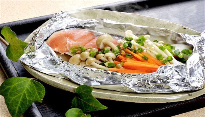 冬 料理 鮭ホイル焼き
