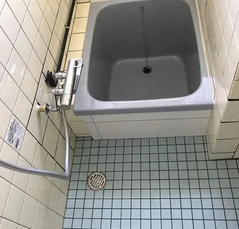 和歌山市N様邸浴室排水漏水改修工事