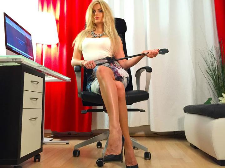 Hot blonde webcam Mistress DominantMiss @CamContacts punishes slaves